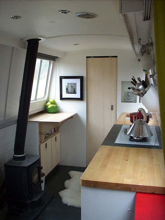 Dominique S Narrow Boat