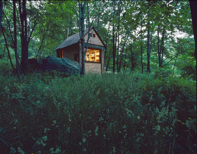 Tiny artists 39 retreats tiny house blog for Writers retreat cabin