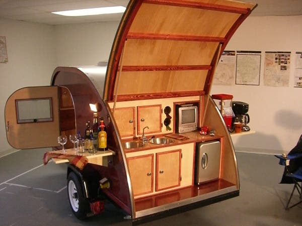 Teardrop trailer additional bedroom for Wooden camp kitchen designs