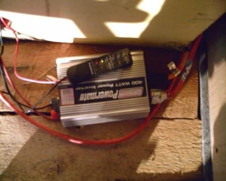 400 watt Inverter for AC power
