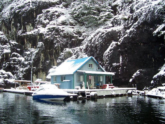 Living On A Lake : Living on the Water
