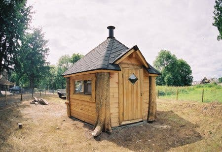 Uk log cabins for Very small cottages