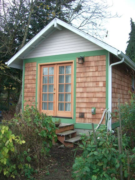 Small home oregon for Foundation tiny house builders