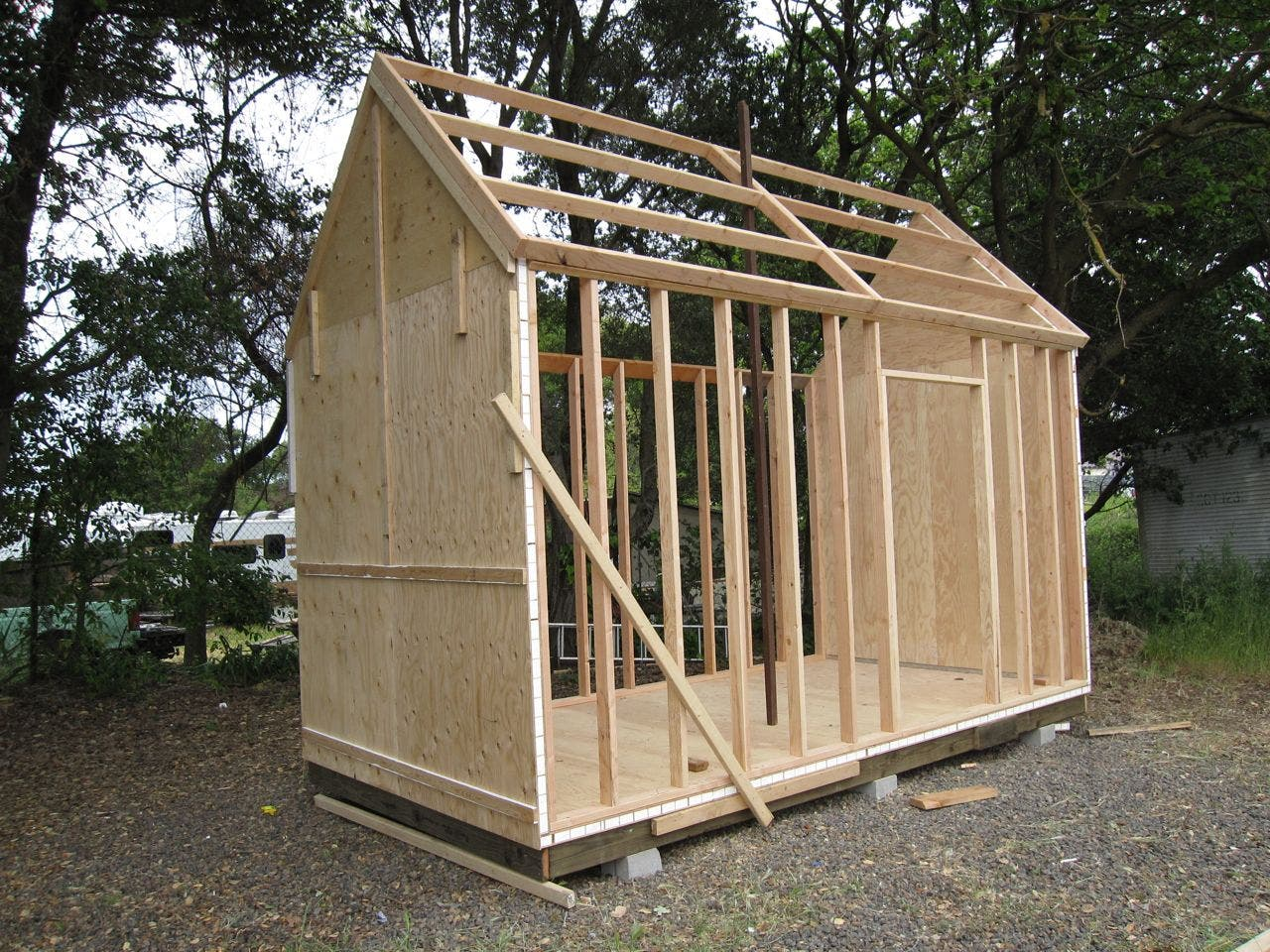 Sonoma shanty workshop for Small shack plans