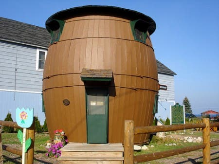 pickle-barrel-house-1107