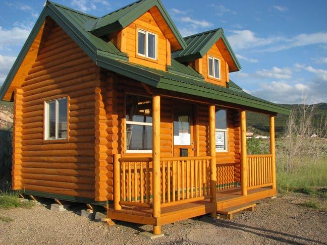 Pine Hollow Log Homes