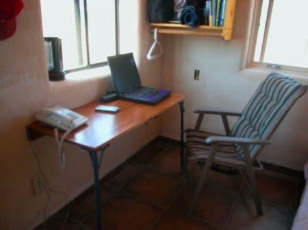 New-desk1-600x450