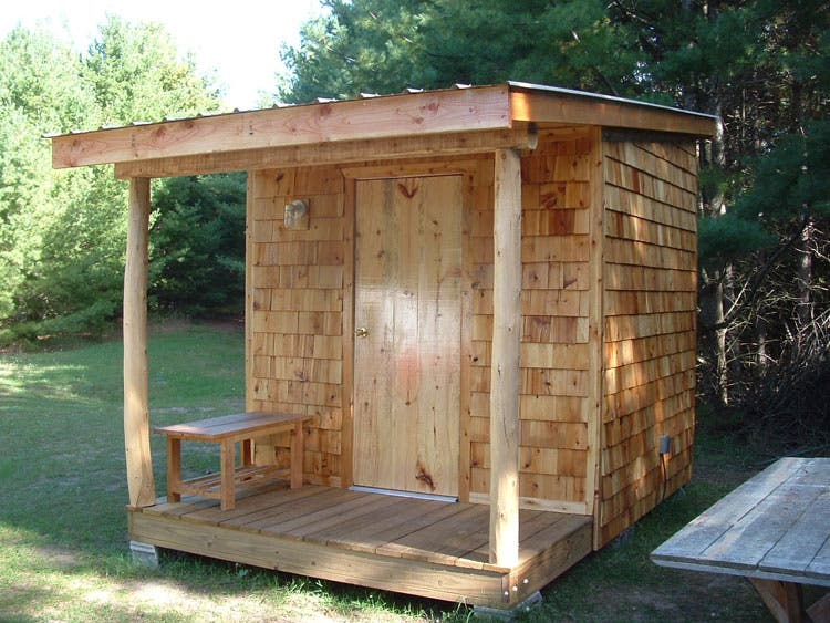 Tiny bunkhouse in the woods for Build my tiny house online
