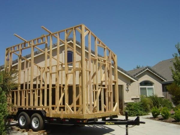 Building Tiny Houses