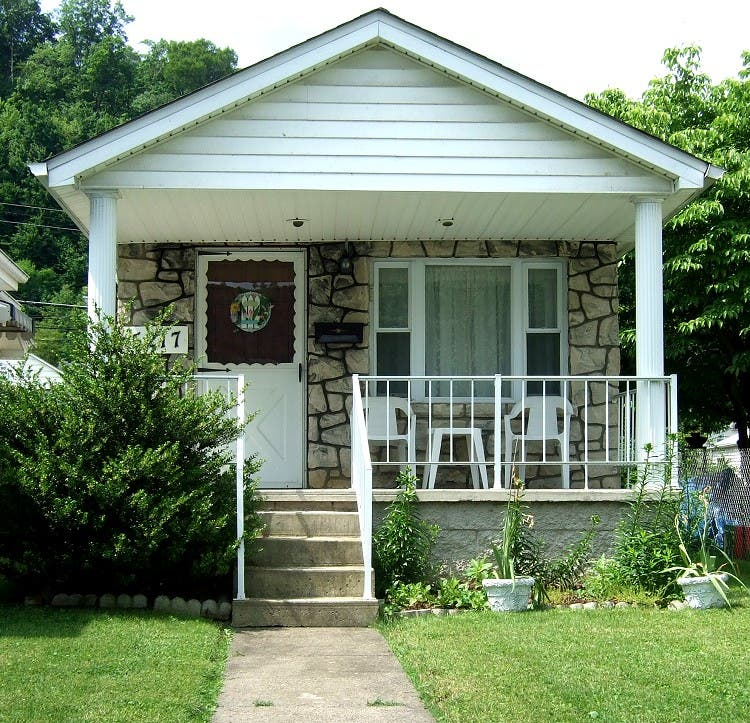 Pleasant Tiny Houses Of Kanawha City Largest Home Design Picture Inspirations Pitcheantrous