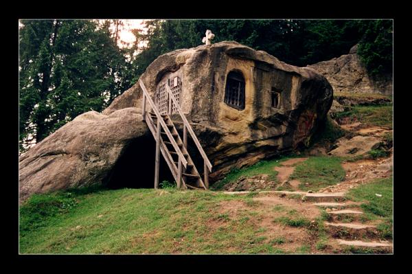 stonehouselit