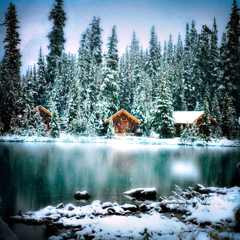 Christmas At The Lake: Tiny House In A Landscape