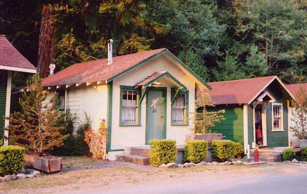 Phenomenal A Comment About Tiny Homes Largest Home Design Picture Inspirations Pitcheantrous