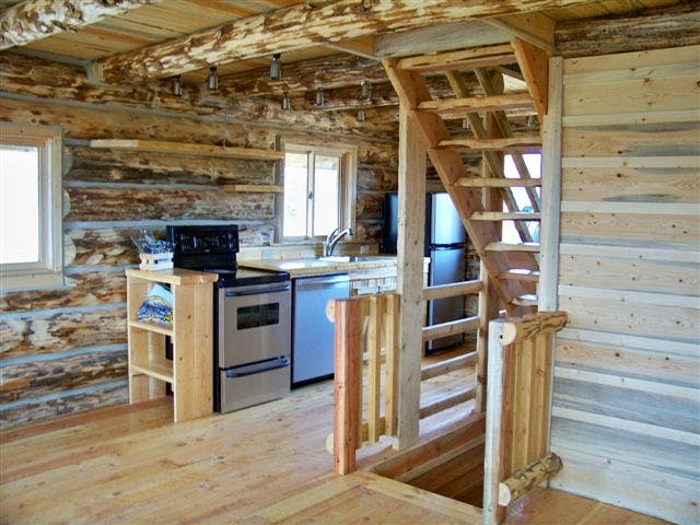 Virginia city log cabin for Log cabin with basement