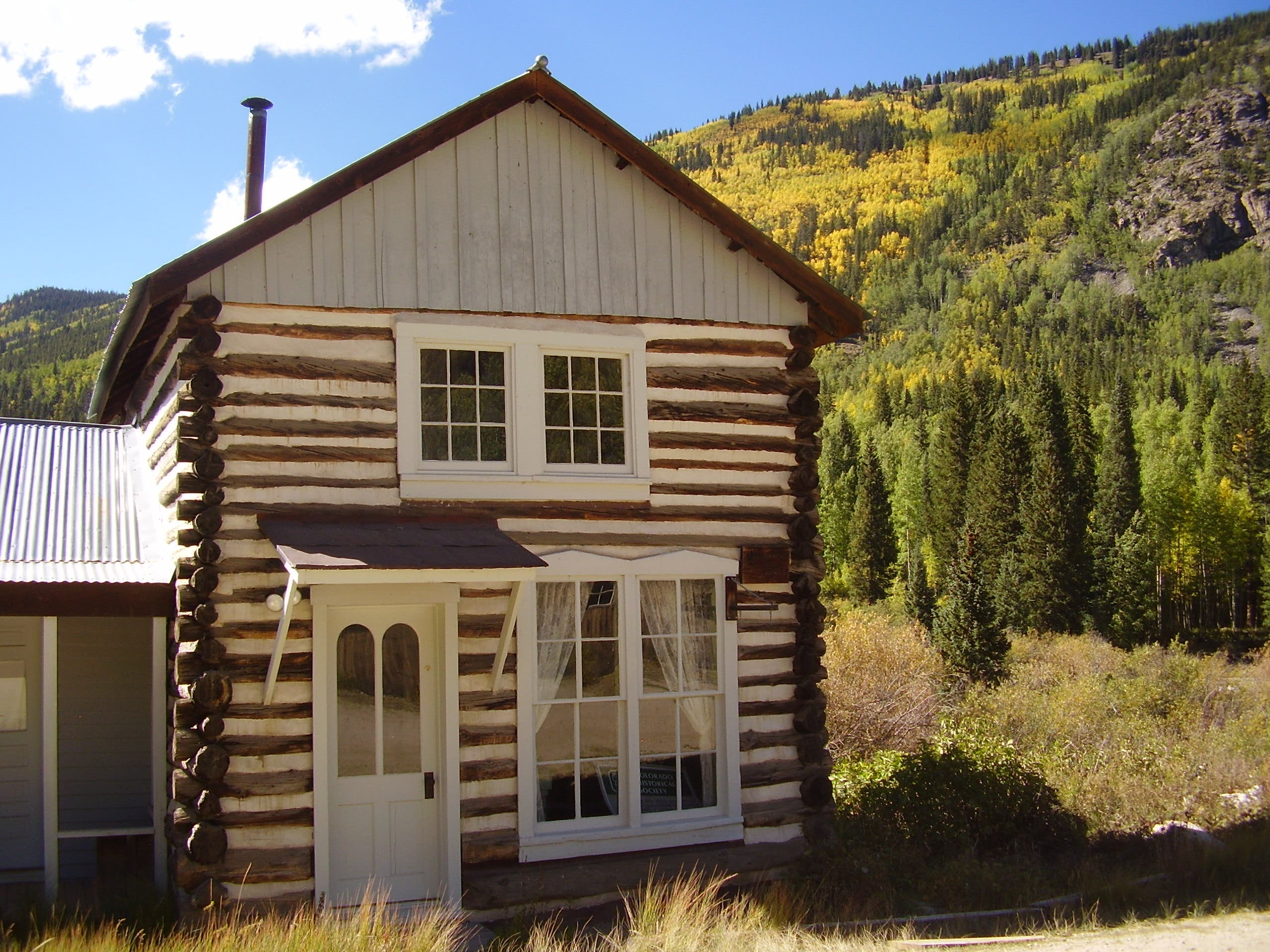 Tiny house in a landscape for St elmo colorado cabins