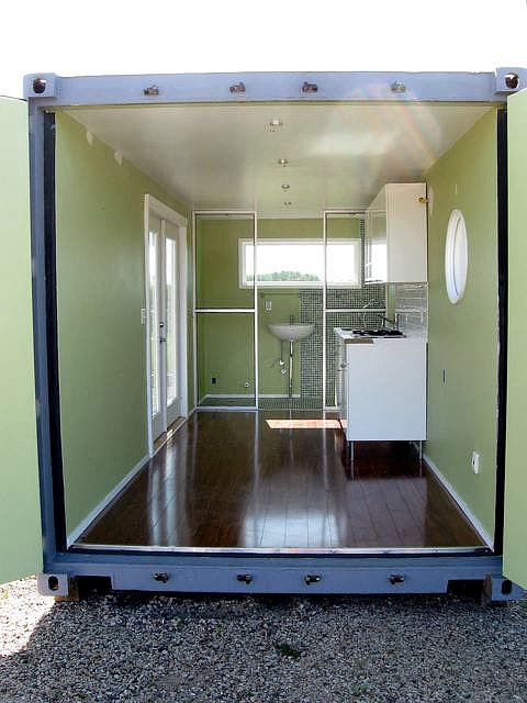 daniel sokol 39 s container cabins. Black Bedroom Furniture Sets. Home Design Ideas
