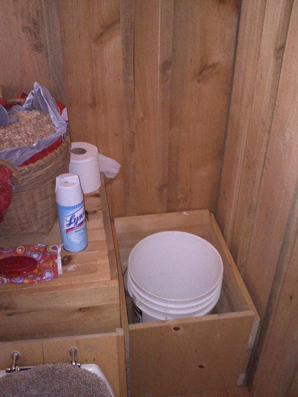 Build Your Own Composting Toilet : How to make a composting toilet