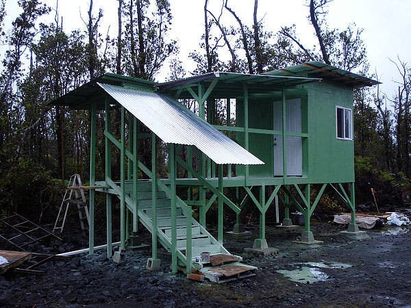 micro-mini hawaiian style house