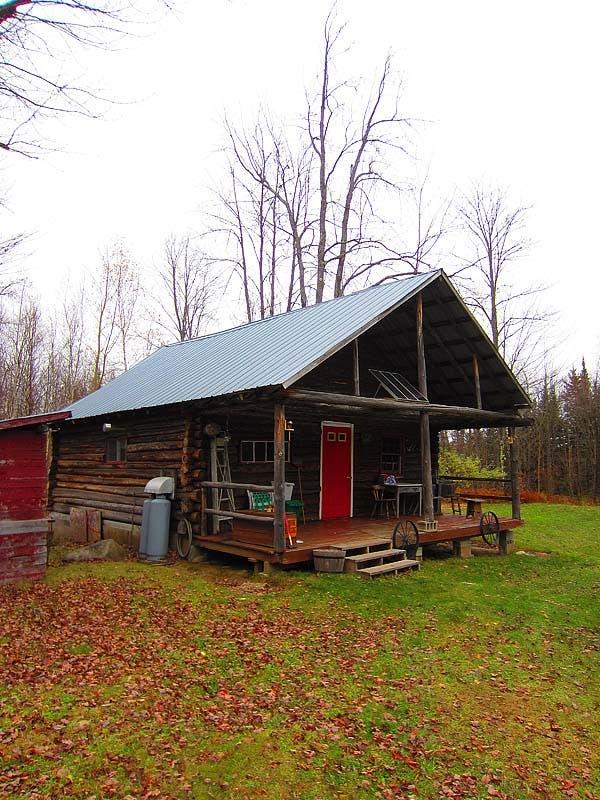 lodging cabin