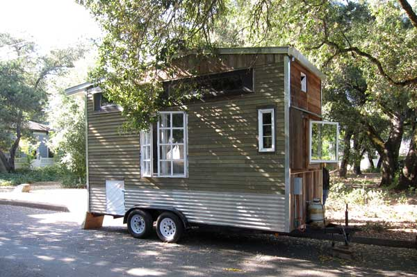 Jenine's tiny house
