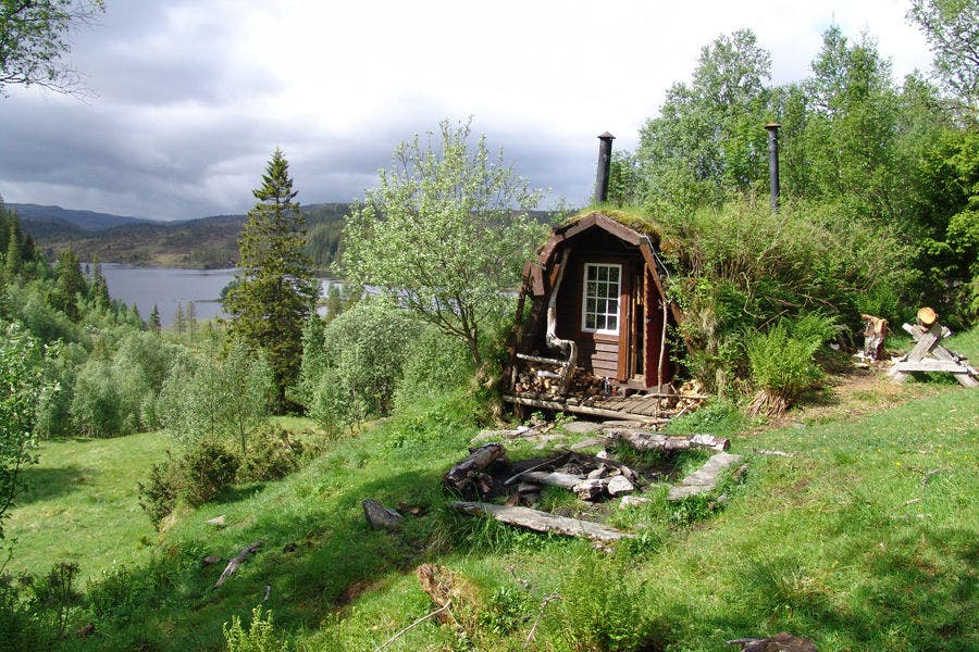 Norwegian koie little cabin - The scouts tiny house ...