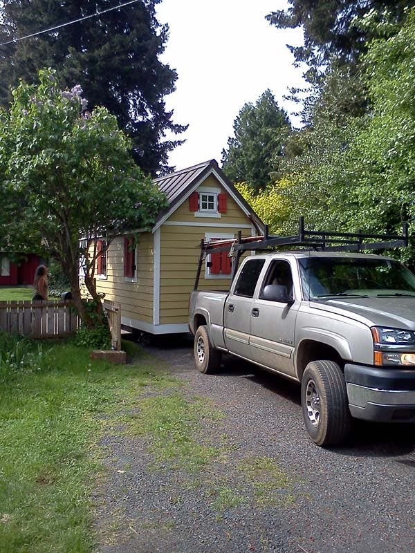 moving Lina's tiny home