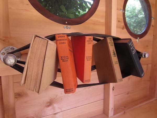 pressure-fit, bookshelf