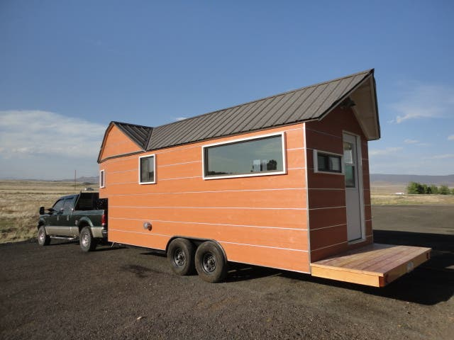 Clothesline tiny homes for Micro trailer homes