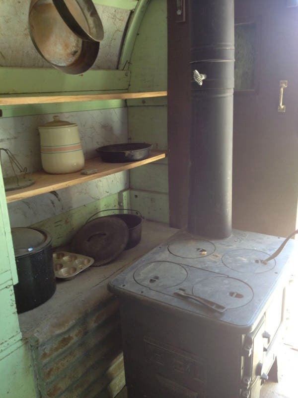 julies-sheep-wagon-stove