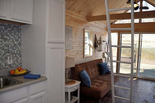 living area in boat house