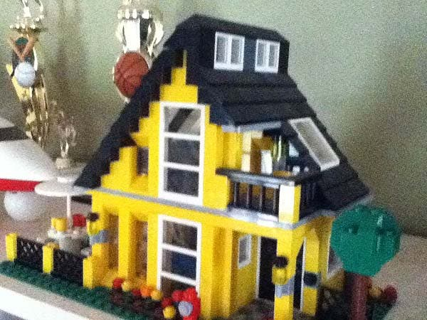 Tiny Lego House 3
