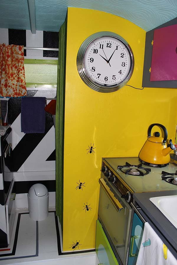 kitchen and clock