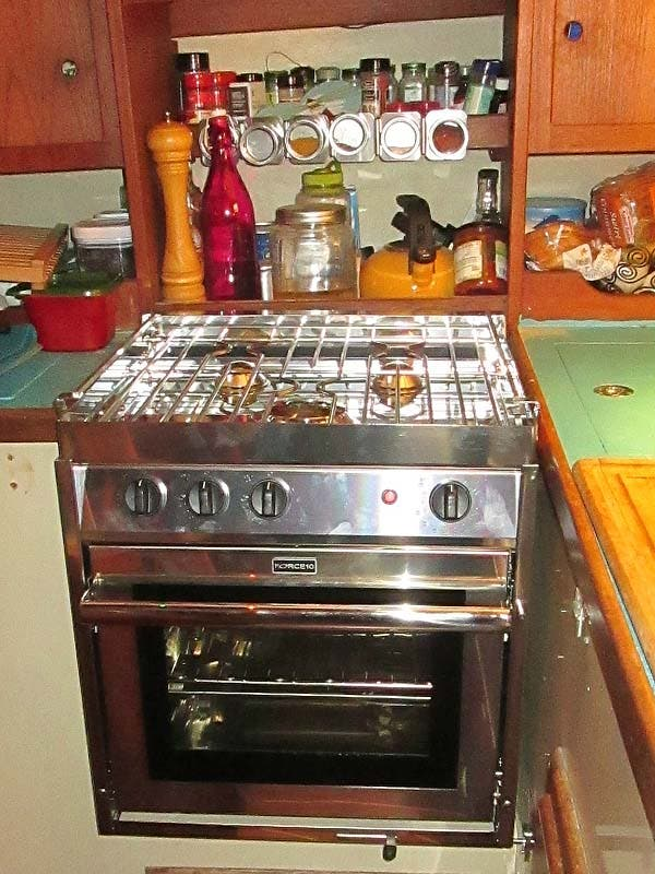 stove and ice box