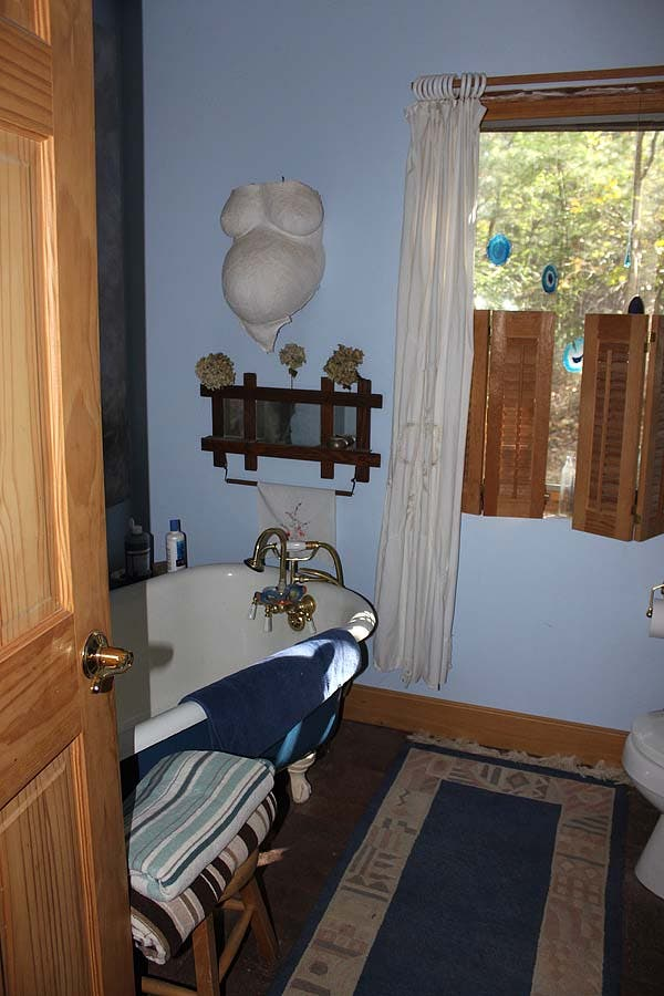Day House_Bathroom