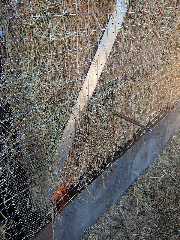 straw bale needle