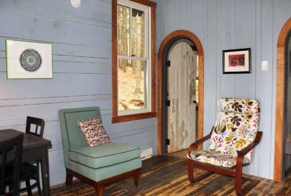 hobbitat-livingroom