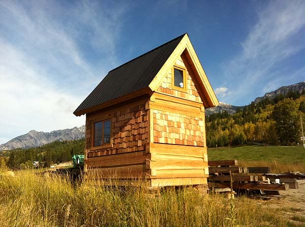 littlefoot log cabin