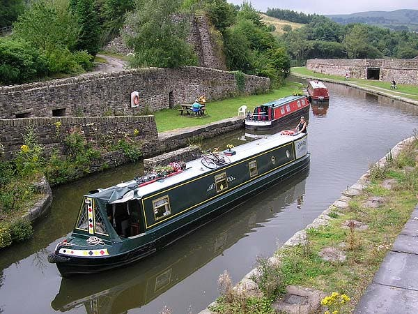 Bugsworth narrowboat