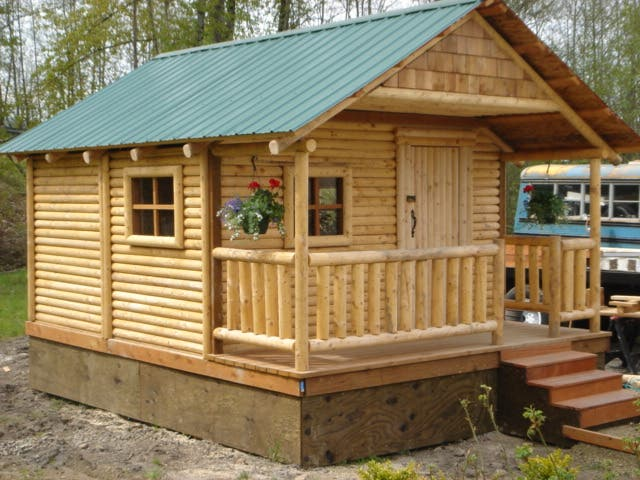 Mr cabin affordable mini cabin for Micro log cabins