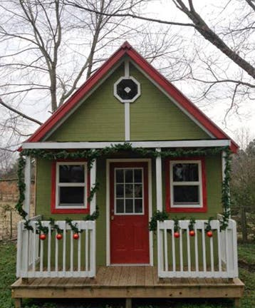 Awe Inspiring Happiest Of Holidays From The Homes Of The Tiny House Community Largest Home Design Picture Inspirations Pitcheantrous
