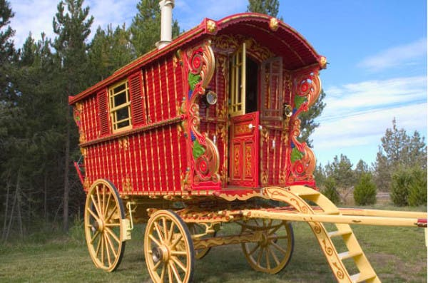roth-gypsy-wagon1