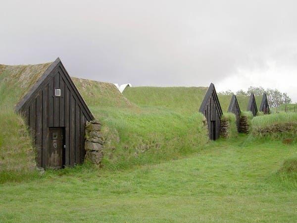 icelandic-turf-house