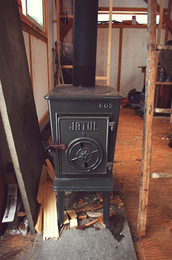 a tiny timber framed house. Black Bedroom Furniture Sets. Home Design Ideas