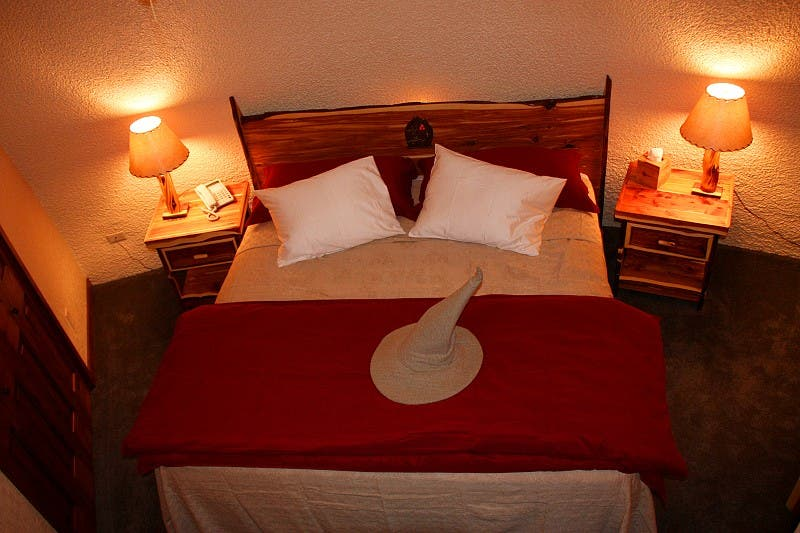 Hobbit Montana Shire bedroom. The Shire of Montana   Tiny House Blog