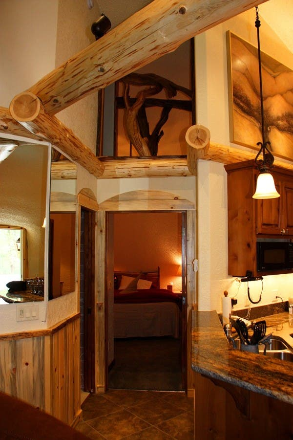 Hobbit-Montana-house2