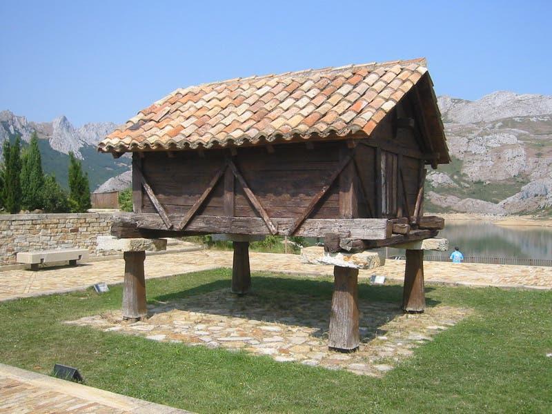 Spanish Hórreos - Tiny House Blog