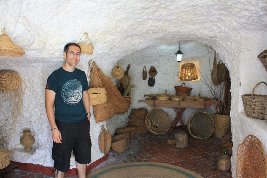 Sacramonte Caves