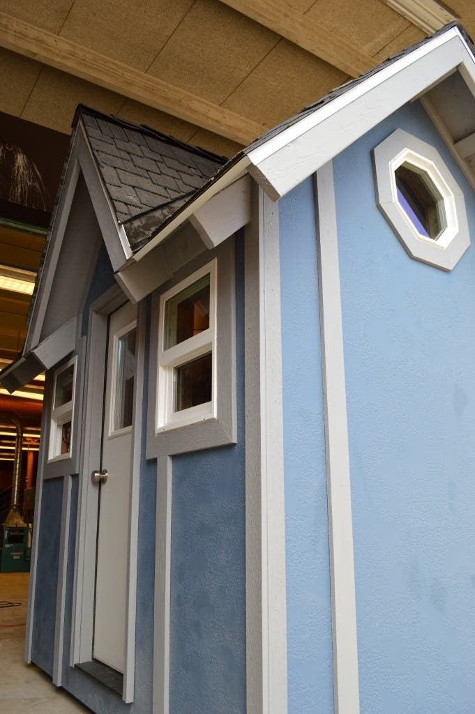 St Helens Oregon High School Tiny House Project