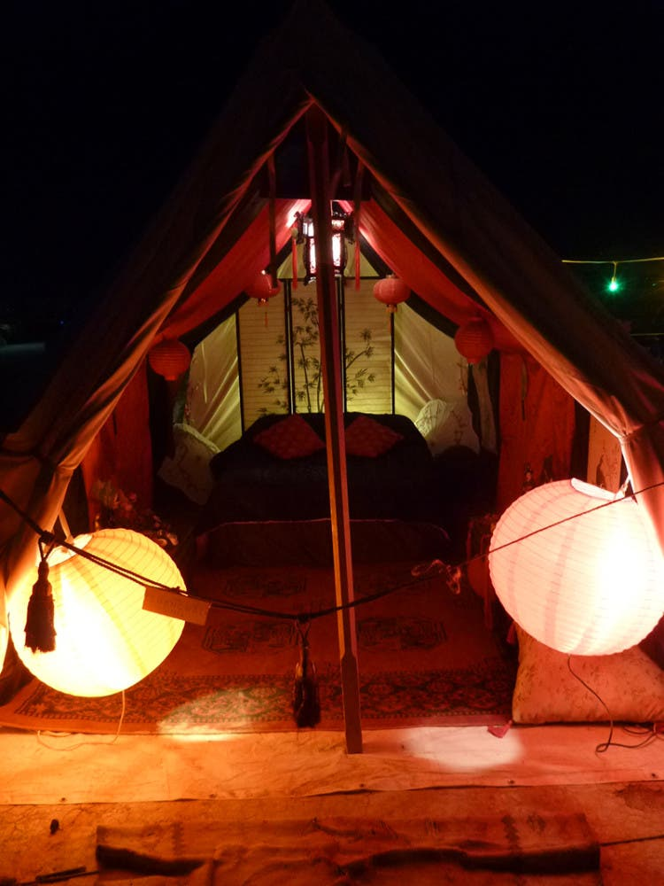 burning-man-tiny-house17