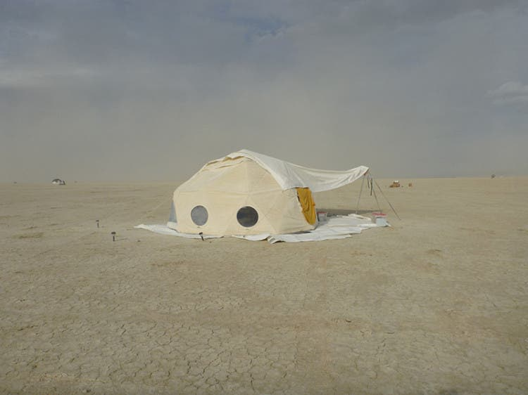 burning-man-tiny-house35